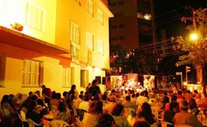 Flashback embala festa gratuita no Grande Hotel, em Goiânia