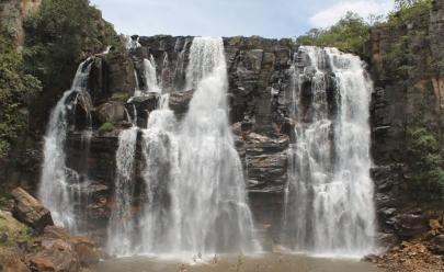 Salto de Corumbá: o paraíso das 7 (incríveis) cachoeiras pertinho de Brasília