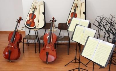Aulas de violão, violino e flauta doce tem matrículas abertas em Uberlândia