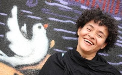 Cristiane Perné faz show de graça nesta terça-feira em Goiânia