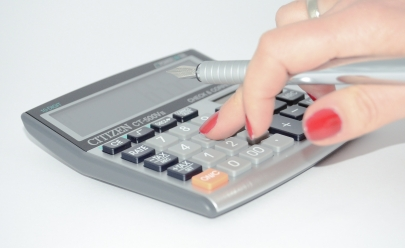 Aprenda a calcular o valor das parcelas do 13º