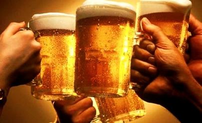 Bar em Goiânia oferece 20% de desconto em cerveja se cliente gritar 'fora, Temer'
