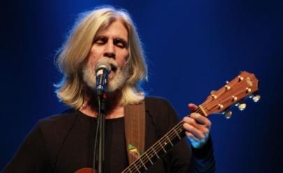 Oswaldo Montenegro faz show gratuito em Goiânia
