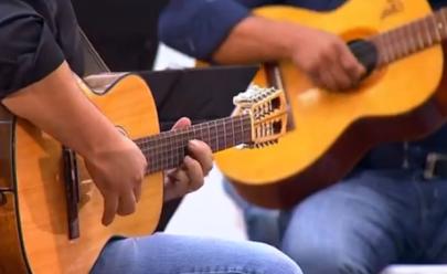 Fim de tarde é happy hour gratuito com apresentações musicais, gastronomia e artesanato em Uberlândia