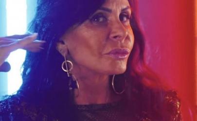 Fenômeno na internet, Gretchen faz show em boate de Goiânia
