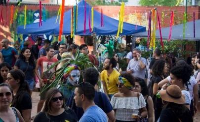 Em clima good vibes, 1ª Feira Alternativa tem música, feirinha e comida barata em Uberaba