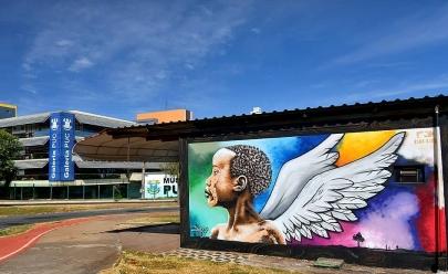 Assembléia Legislativa de Goiânia recebe exposição de arte com presença da mãe de Marielle Franco