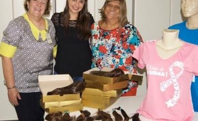 Salão de beleza em Goiânia oferece corte de graça para quem doar cabelo para o Hospital Araújo Jorge