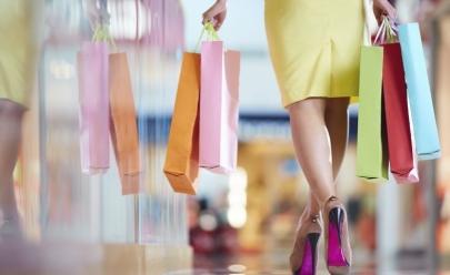 Shopping faz liquidação com até 60% de desconto nas lojas e promoção especial no estacionamento