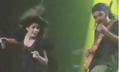 Paula Fernandes faz dança 'estranha' e causa agitação dos internautas; veja vídeo