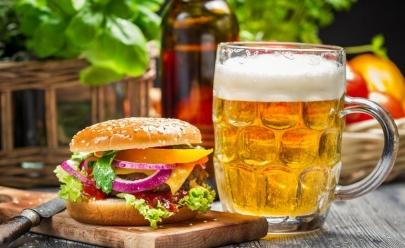 Pub renova cardápio, apresenta novidades veganas e oferece degustação gratuita em Uberlândia