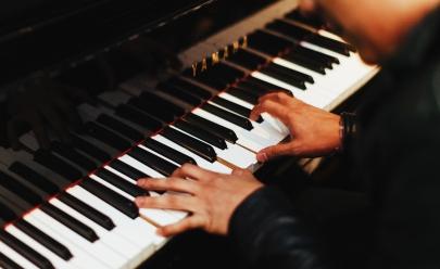 Concertos UFG inicia sua temporada 2019 em Goiânia com tenor goiano reconhecido internacionalmente