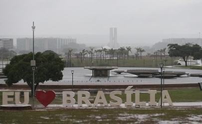 Inmet emite novo alerta para chuvas e ventos fortes em todo DF