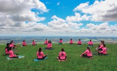 Projeto Trilhando com Lobas promove encontro gratuito com yoga e atividades especiais em Uberlândia
