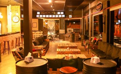 Studio Bar oferece desconto de 50% em todo o cardápio