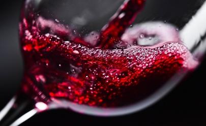 Caseratto Bar e Restaurante oferece adega de vinhos das principais vinícolas do mundo em Goiânia