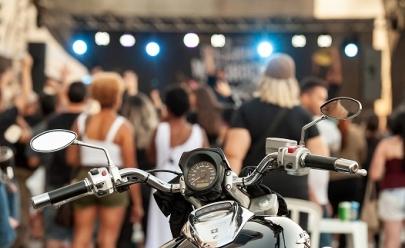 Encontro gratuito em Brasília reúne motociclistas e bandas de rock