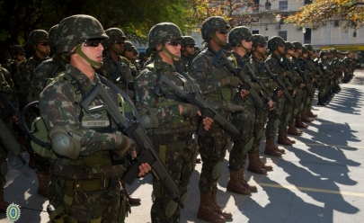 Presidente Michel Temer decreta intervenção militar no estado do Rio de Janeiro