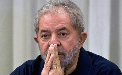 Ex-Presidente Lula presta depoimento em Curitiba sobre sítio de Atibaia