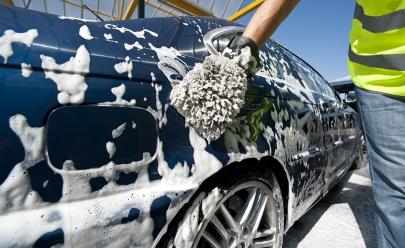 Aplicativo de lavagem de carro chega a Brasília com 10 mil vagas disponíveis