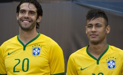Futebol Contra a Fome reúne Neymar, Kaká e outros craques em Uberlândia