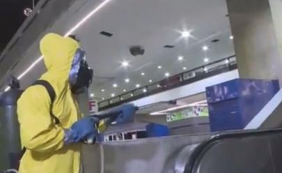 Coronavírus: militares do Exército fazem limpeza na Rodoviária do Plano Piloto