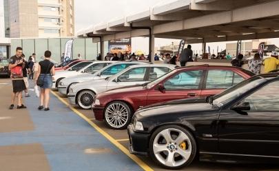 Shopping de Brasília recebe encontro de carros customizados