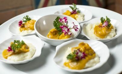 Restaurante contemporâneo em Brasília aposta em pratos e drinques para dividir com os amigos