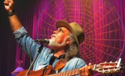 Pádua faz show 'gratuito' em Goiânia lançando seu novo CD