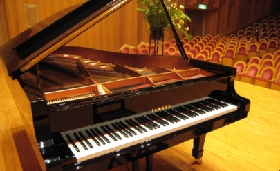 Pianista Sergio Monteiro apresenta grandes clássicos da música erudita no Teatro Municipal de Uberlândia