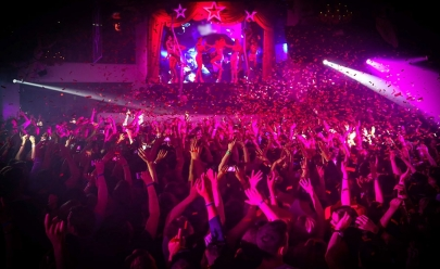 Festa 900 promete agitar Brasília com muita música eletrônica em estrutura luxuosa