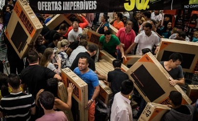 Procon Goiás divulga lista de produtos antes da Black Friday para evitar pegadinha