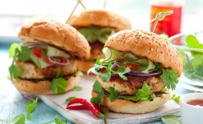 10 hambúrgueres vegetarianos que você encontra nas casas carnívoras de Goiânia