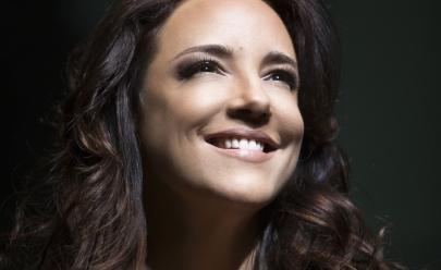 Ana Carolina faz show com seus grandes sucessos em Brasília