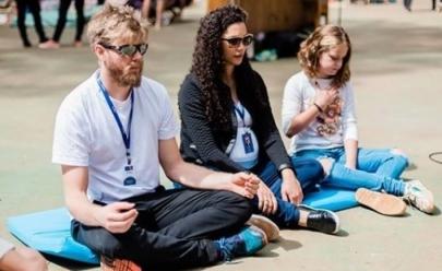 Evento em Brasília promove meditação para crianças e adolescentes