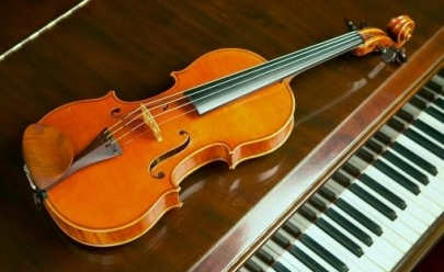Concerto de violino e piano apresenta clássicos de Mozart, Heitor Villa-Lobos e Edward Grieg em Uberlândia
