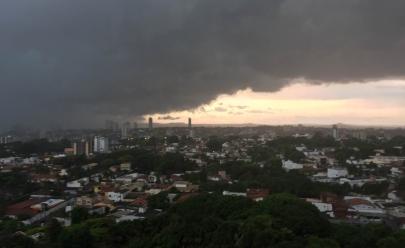 Inmet faz alerta de tempestade com granizo, alagamentos e ventos de até 100 km/h em Goiás