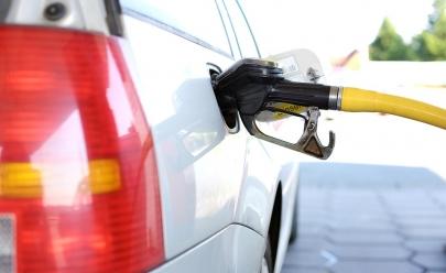 Para encher o tanque: litro da gasolina chega a menos de R$3 em alguns postos de Brasília