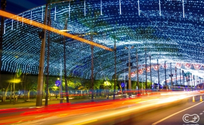 Túnel de luzes da Praça Tamandaré e árvore gigante no Vaca Brava marcam o início do Natal em Goiânia