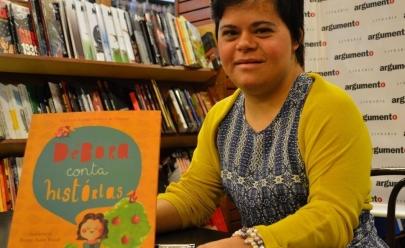Primeira professora com Síndrome de Down do Brasil participa de evento em Brasília