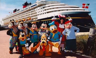 Disney abre oportunidades de trabalhar viajando pelo mundo com salários de até R$ 10 mil