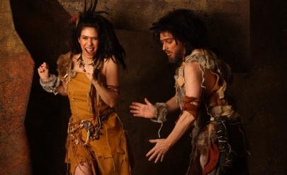 Maria Clara Gueiros e Guilherme Piva estrelam a comédia 'Invenção do Amor' em teatro de Goiânia