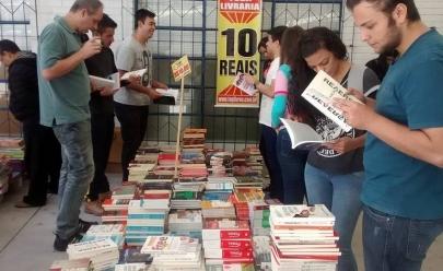 Feira de livros com preço único de R$ 10 está de volta à Goiânia