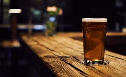 Cervejaria abre as portas em Brasília e oferece 500 chopes gratuitos