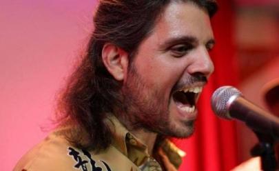 Vocalista do LS Jack retorna aos palcos 13 anos depois do coma