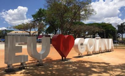 Praça do Sol recebe monumento 'Eu amo Goiânia'
