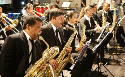 Praça Tubal Vilela recebe 'Sons Natalinos' em Uberlândia