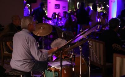 Hotel em Goiânia oferece noites de jazz ao vivo todas as quintas-feiras em Goiânia