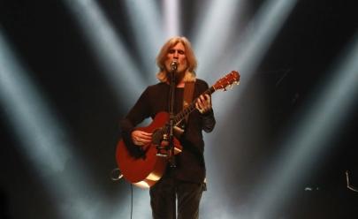 Oswaldo Montenegro faz show em Uberlândia com a turnê 'Serenata'