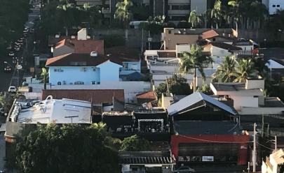 Boate no Setor Marista em Goiânia faz festa até as 8h30 ao ar livre; veja o vídeo